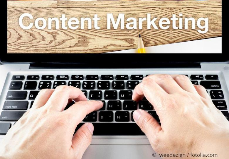 Content Marketing Text auf Laptop