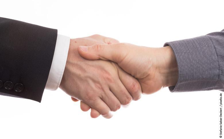 verbindender Handschlag