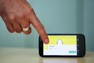 Smartphone mit Snapchat-App