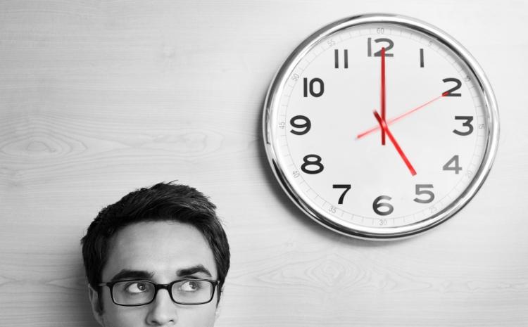 Mann mit Uhr
