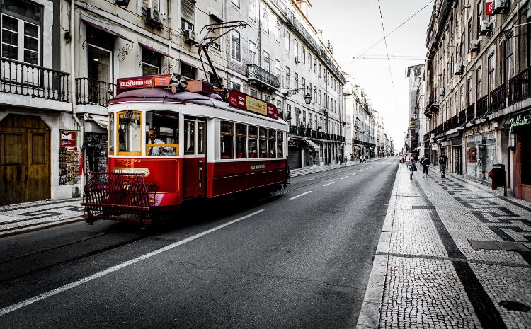 Rote Straßenbahn